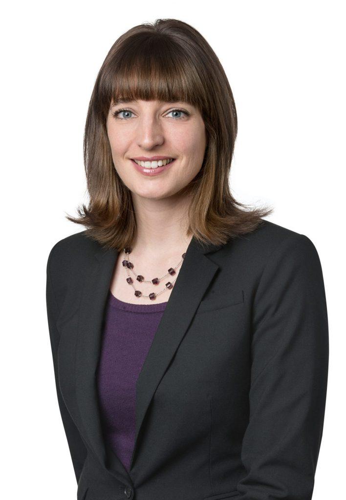 Avocate Kathryn Tucker